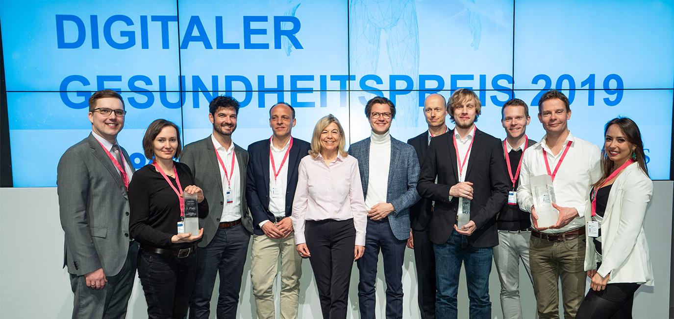 Preisträger und Gastgeber des Digitalen Gesundheitspreises 2019